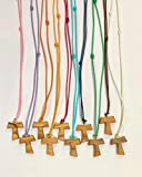 Tau de madera de olivo con cordón de color, 20 unidades, cruz de San Francisco de Asís de 2,2 cm con los 3 nudos franceses