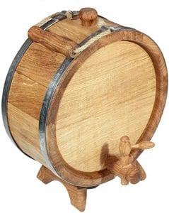 barril de madera pequeño