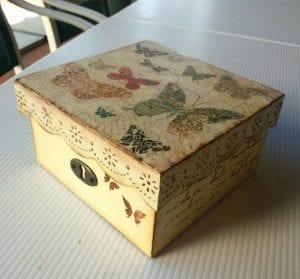 cajas de madera decoradas con papel