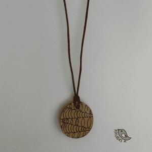 colgantes de madera