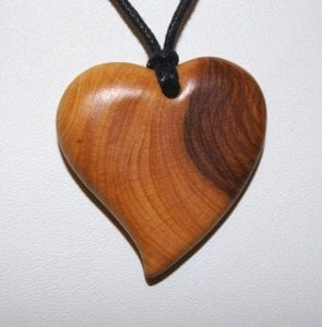 collares de madera