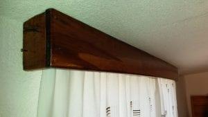 cortineros de madera