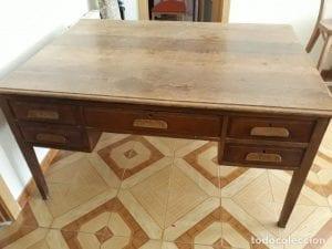 escritorios antiguos de madera