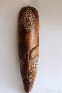 mascara africana de madera