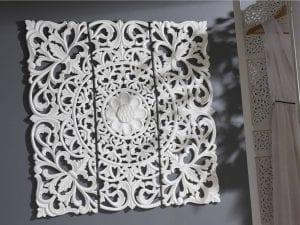 Paneles de madera tallada