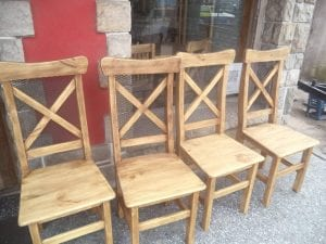 sillas rusticas de madera