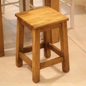 taburetes bajos de madera